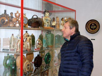 Draskovits kerámiagyűjtemény és tulajdonosa Dr. Draskovits Dénes