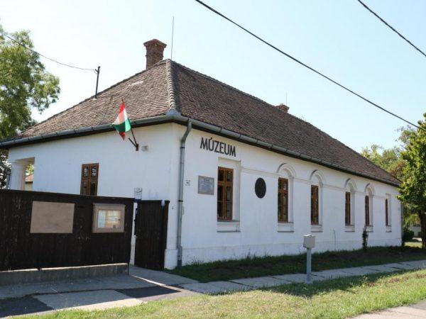 A Kállay-Bolváry-kúria mai képe újra eredeti formáját idézi Fotós: Mészáros János