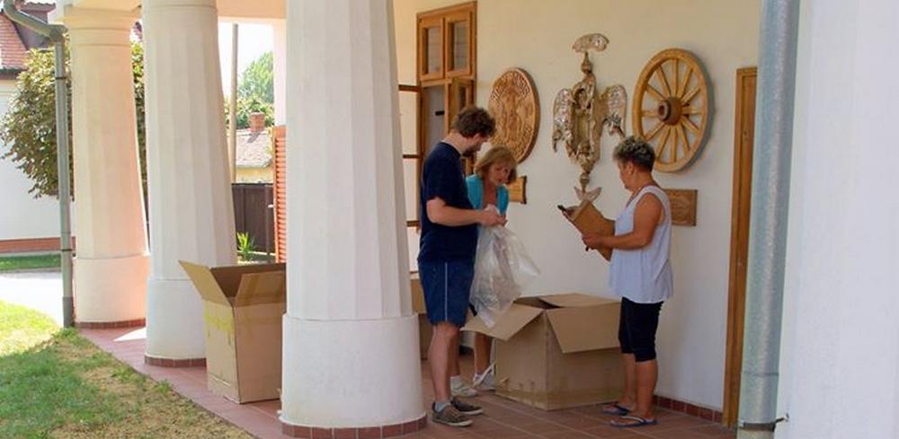 Veress Milkós keramikusművész és Opra Gizella textiltervező hagyatéka