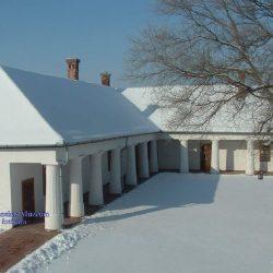 A múzeum udvara télen