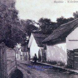 Jellegzetes túri földes utca, a fazekasműhelyek is ezekben a városrészekben dolgoztak