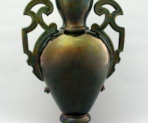 Koronás váza – Badár Balázs munkája
