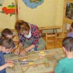Kézműves foglalkozás a mezőhéki óvodában